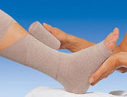 Venous leg ulcer bandage